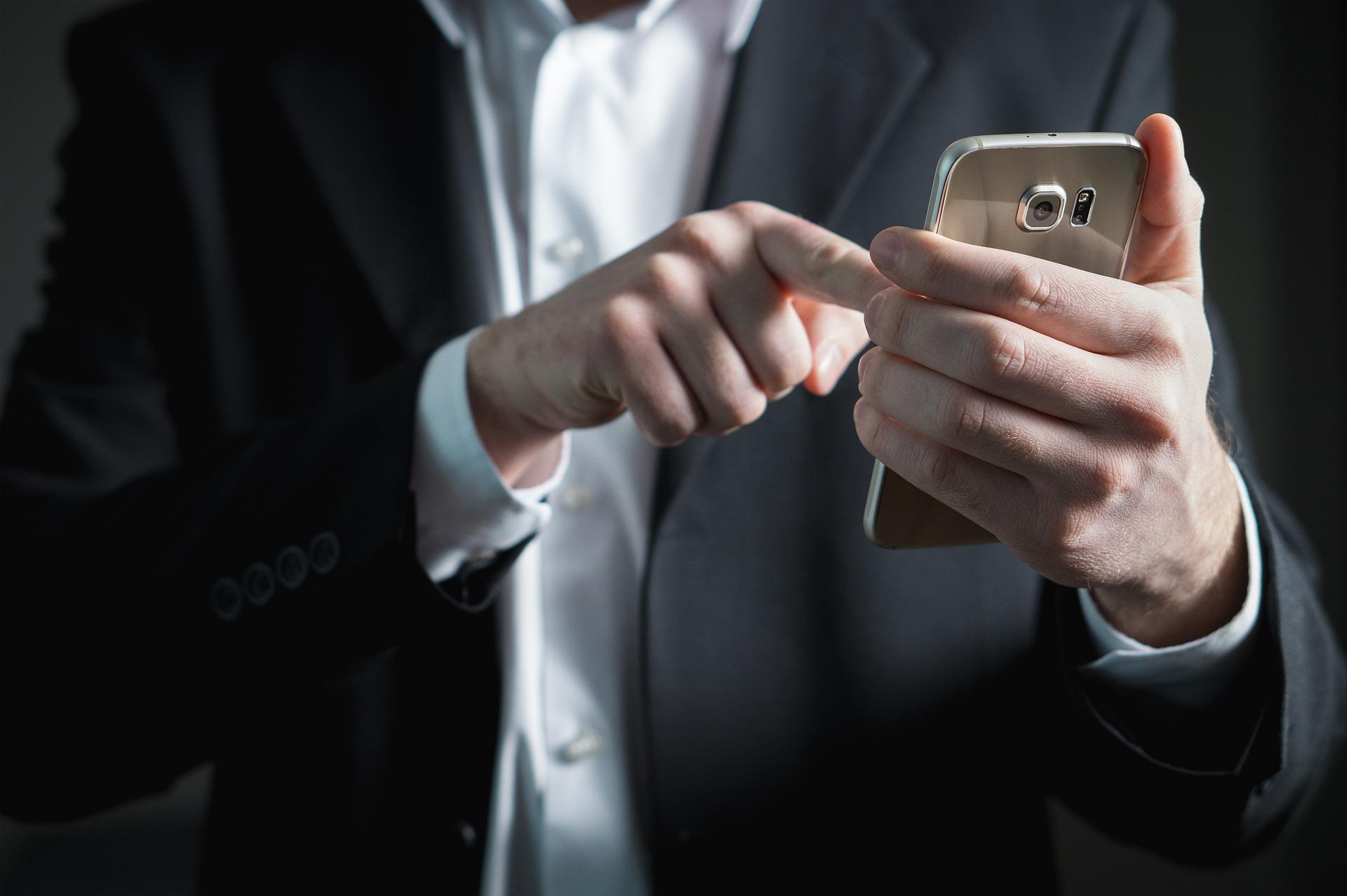 smartphone emails